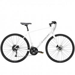 Vélo route 700 alu TREK 2021 fitness FX 3 Disc blanc décor gris
