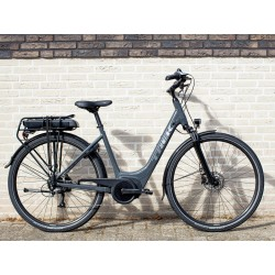 Vélo électrique Ville TREK 2021 Verve+ 1 gris foncé décor argent