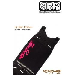 Pare-boue RRP avant néoprène NéoGuard Graffiti rose sur noir