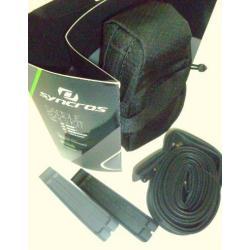 """Sacoche de selle SYNCROS Kit 26"""" contient 1 chambre à air presta 26x1.9/2.10 et 2 démonte-pneus - 100% polyester noir -"""