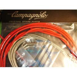 Cables+Gaine CAMPAGNOLO Ergopower frein (gaine 5mm) et dérailleur route (gaine 4mm) rouge